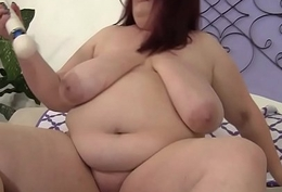 Solely BBW babe pleases their way cunt near sextoys